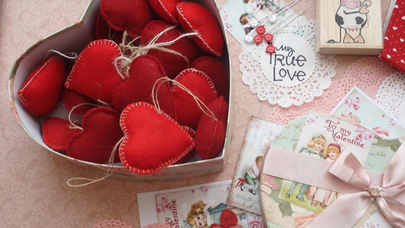 Коробка сердец на День Влюбленных 14 февраля - С днем Святого Валентина поздравительные картинки
