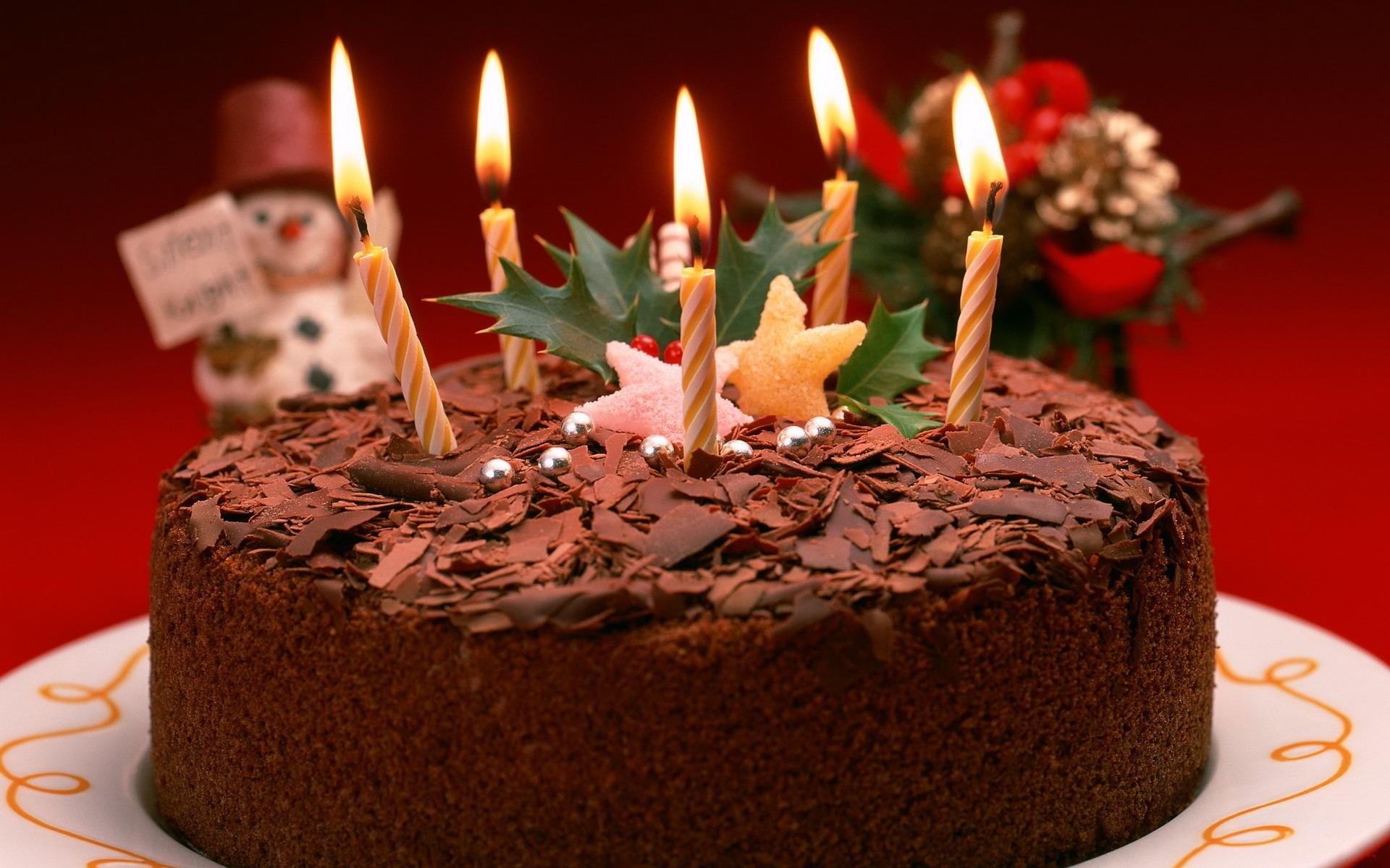 Торт со свечами на день рождения - С Днем Рождения поздравительные картинки