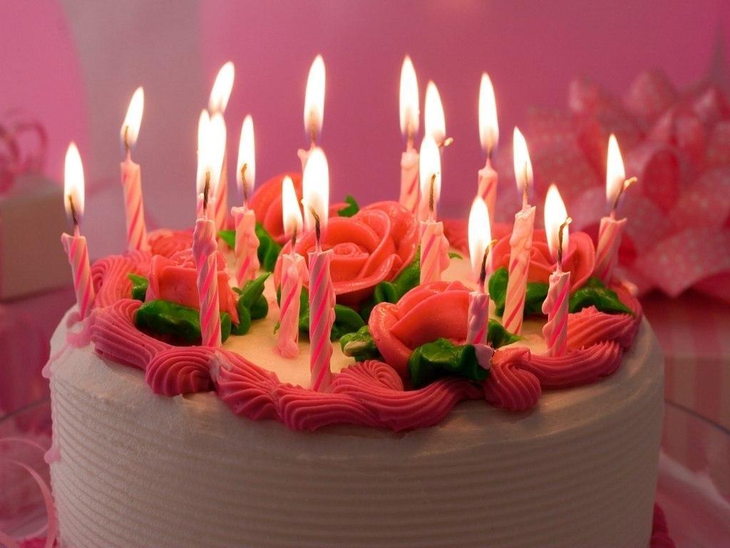 День рождения торт и свечи - С Днем Рождения поздравительные картинки