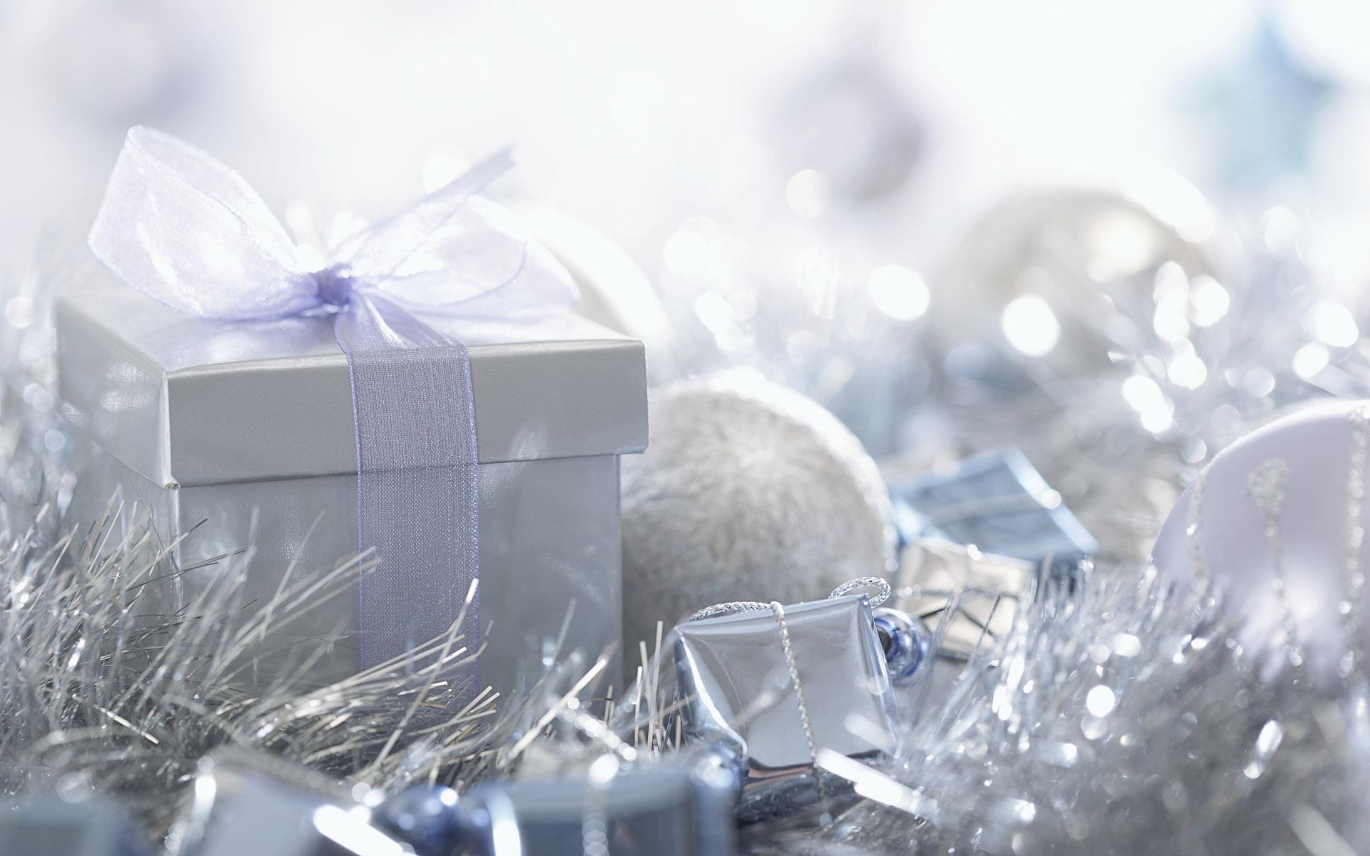 Подарки к Новому Году - C Новым годом 2021 поздравительные картинки