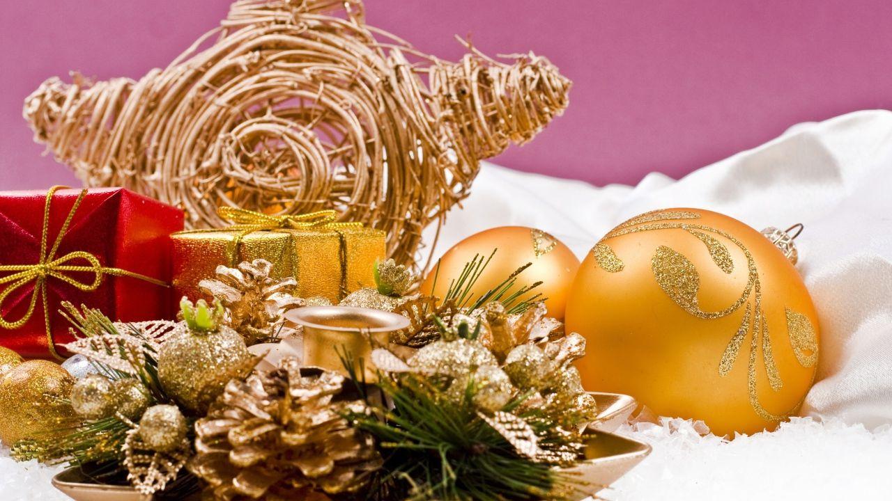 Декоративное украшение - C Рождеством Христовым поздравительные картинки