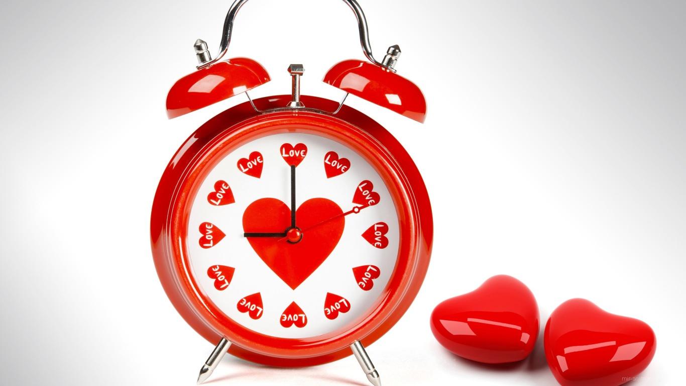 Часы с сердечками на День Святого Валентина 14 февраля - С днем Святого Валентина поздравительные картинки