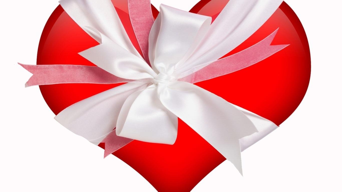 Сердце в подарок на День Влюбленных 14 февраля - С днем Святого Валентина поздравительные картинки