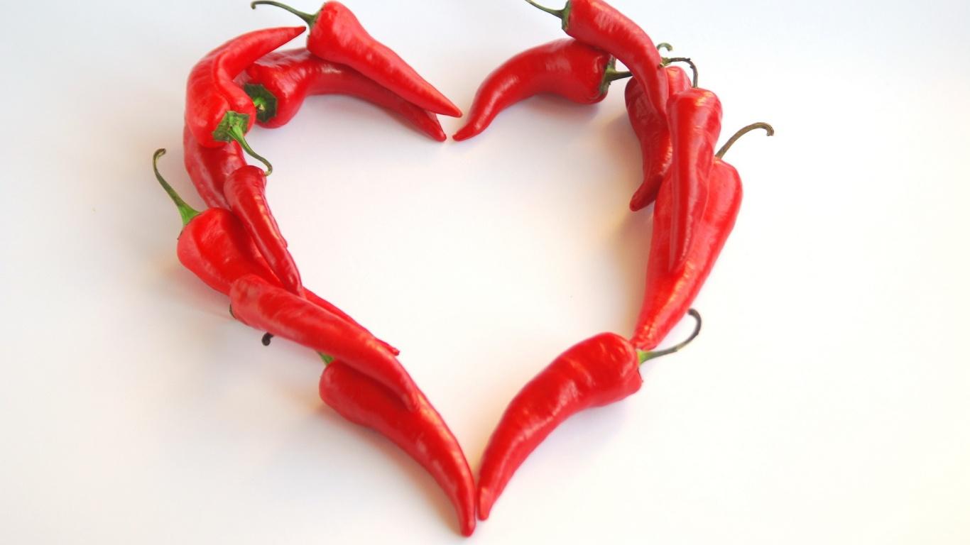 Сердце из перчиков на День Святого Валентина 14 февраля - С днем Святого Валентина поздравительные картинки