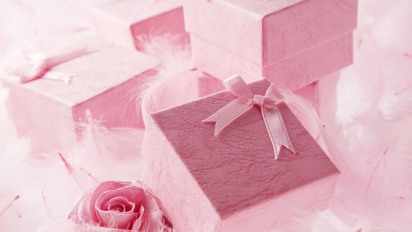 Розовые коробки с подарками на День Святого Валентина 14 февраля - С днем Святого Валентина поздравительные картинки