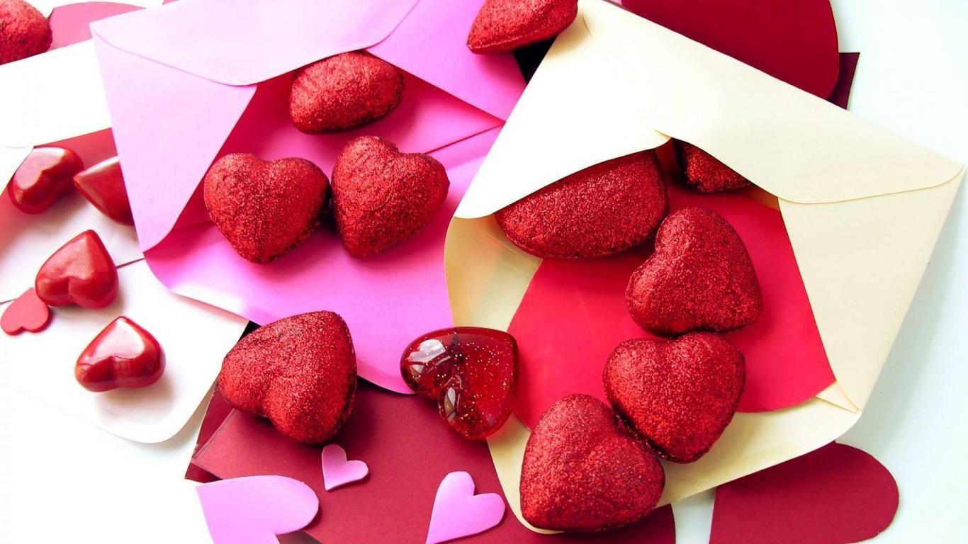 Сердечки в конвертах на День Святого Валентина - С днем Святого Валентина поздравительные картинки