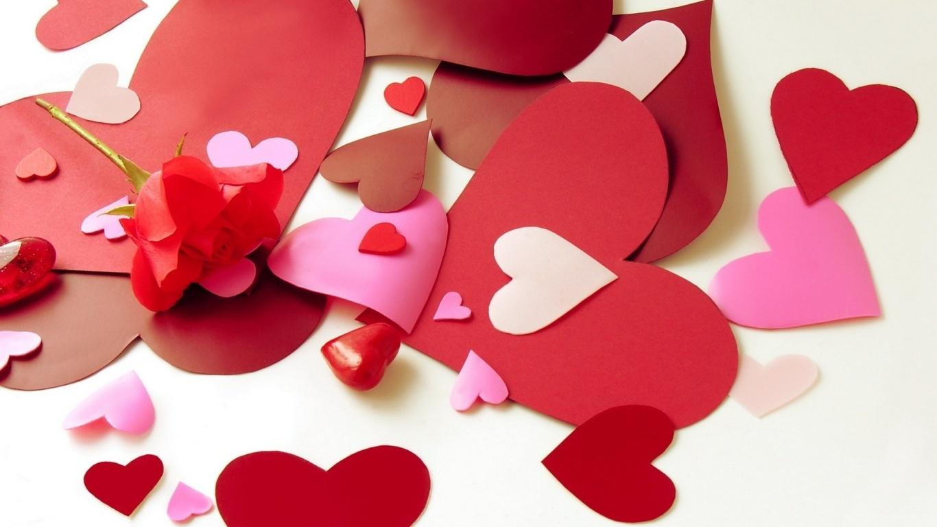 Бумажные сердца на День Святого Валентина 14 февраля - С днем Святого Валентина поздравительные картинки