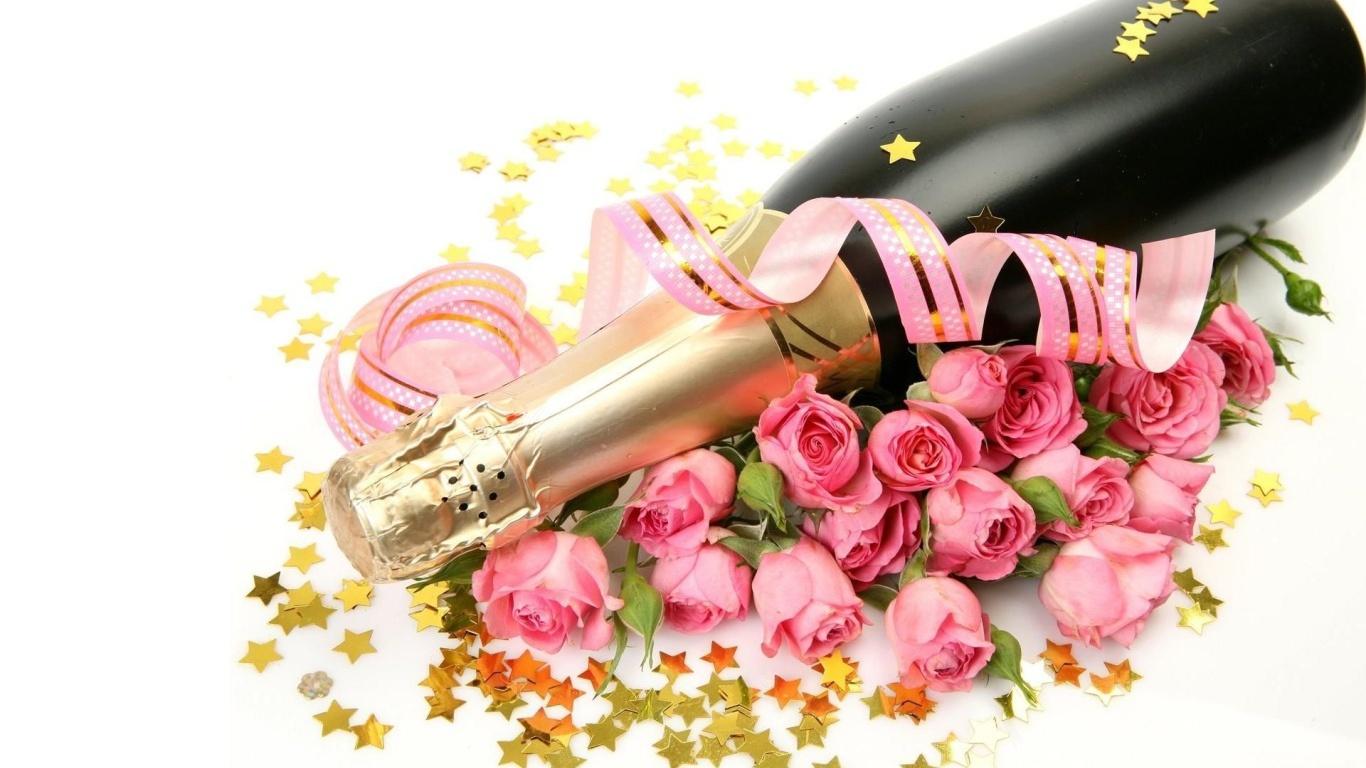 Шампанское и букет роз для любимой на 8 марта - C 8 марта поздравительные картинки