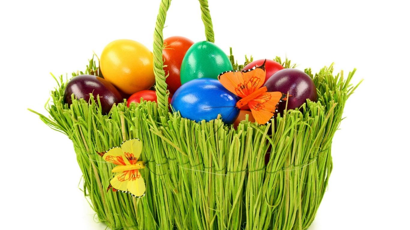 Зеленая корзина с яйцами на Пасху - C Пасхой поздравительные картинки