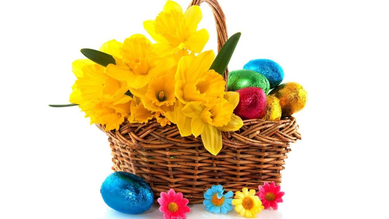 Желтые цветы и яйца на Пасху - C Пасхой 2017 поздравительные картинки