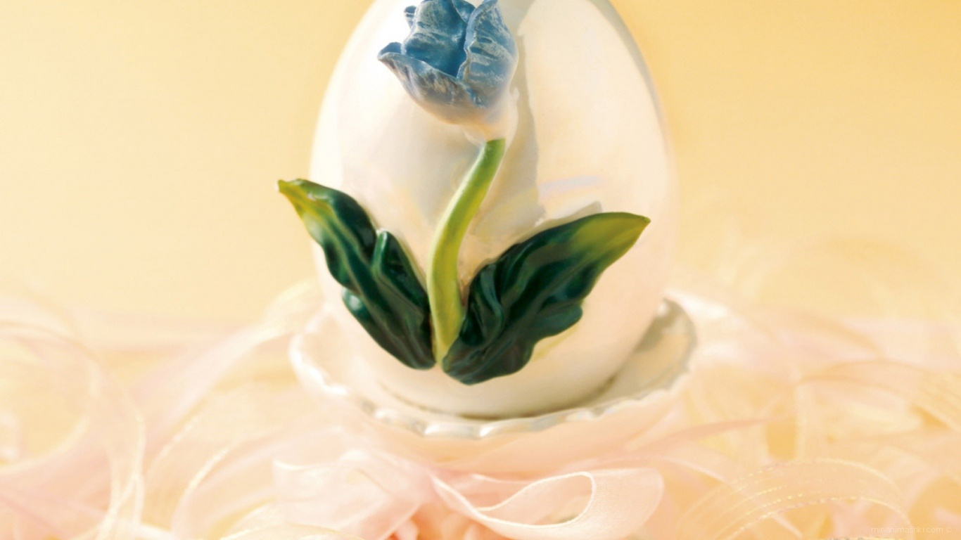 Яйцо с цветком на Пасху - C Пасхой поздравительные картинки
