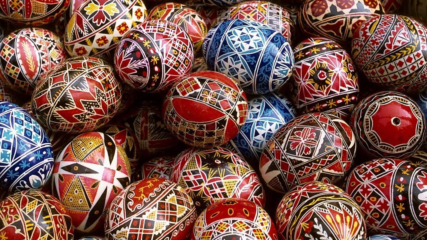 Расписные яйца на Пасху - C Пасхой поздравительные картинки