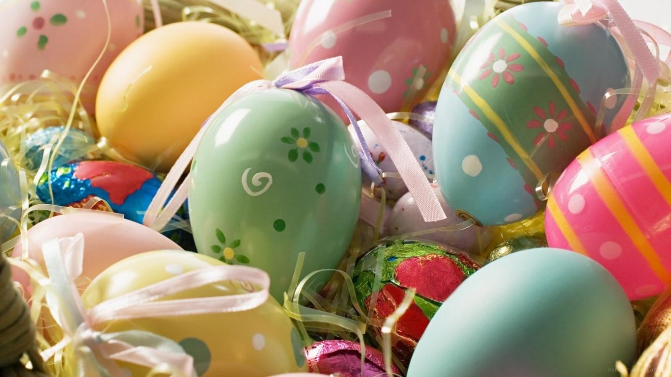 Разно цветные пасхальные яйца - C Пасхой поздравительные картинки