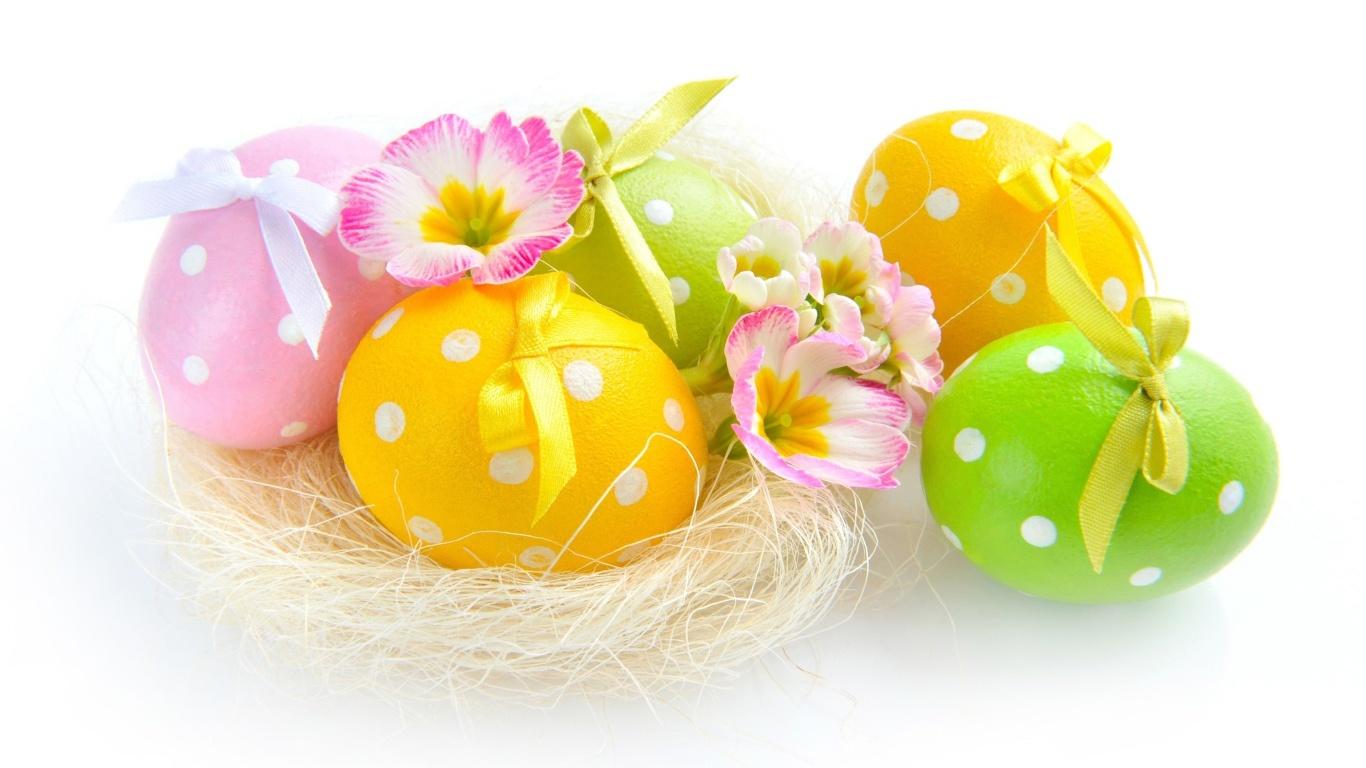 Яйца в крапинку на Пасху - C Пасхой поздравительные картинки