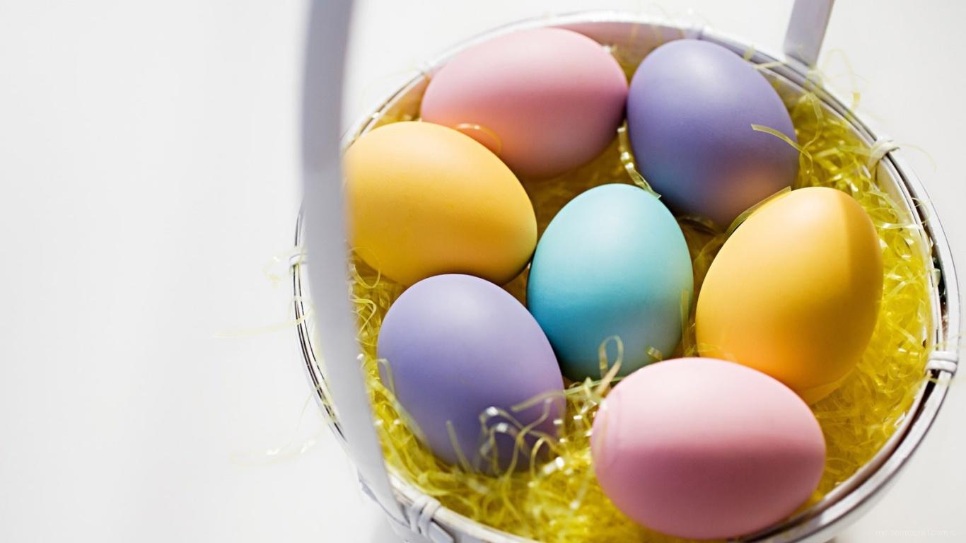 Разноцветные яйца на Пасху - C Пасхой поздравительные картинки
