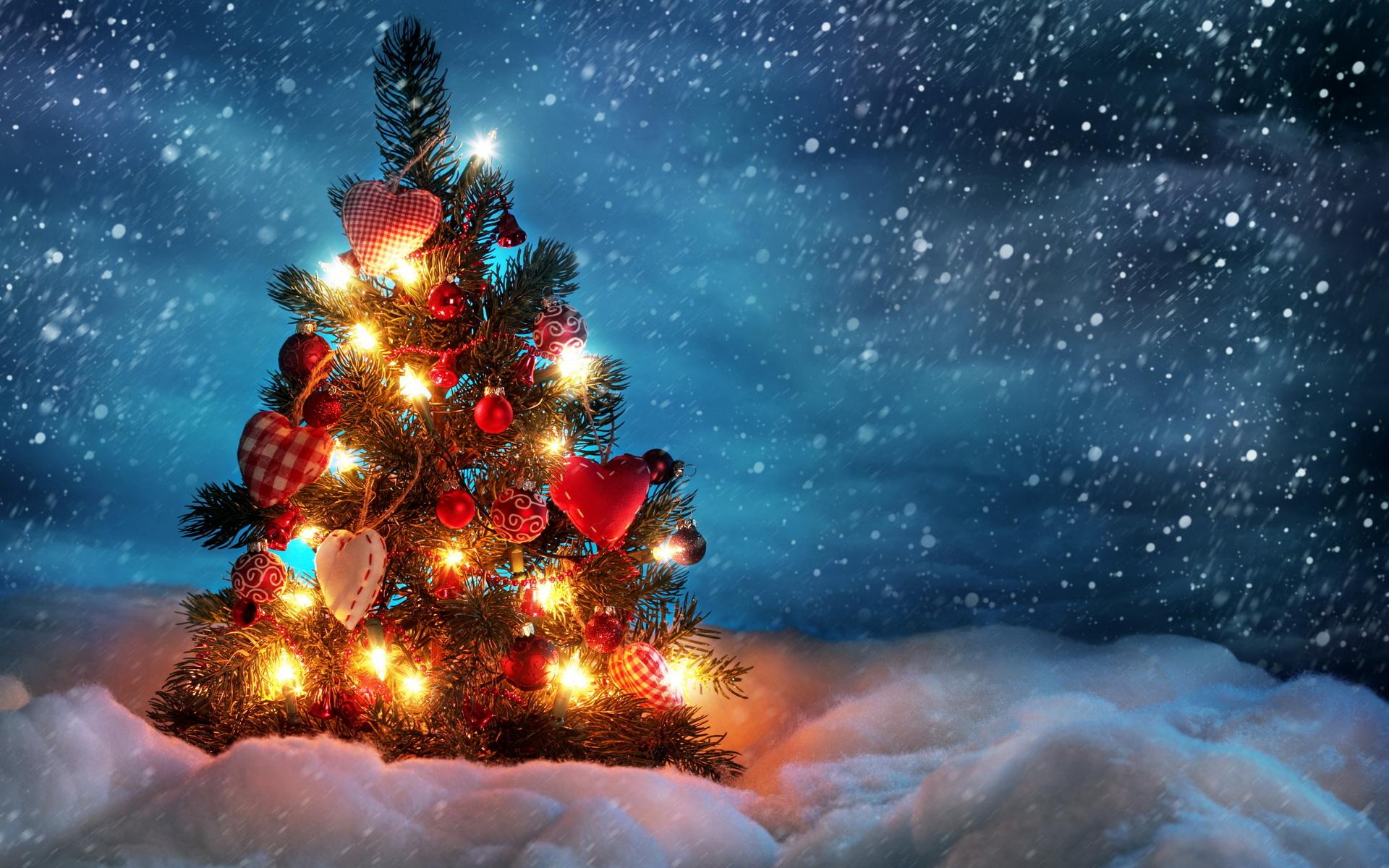 Украшенная елка - C Новым годом  2018 поздравительные картинки